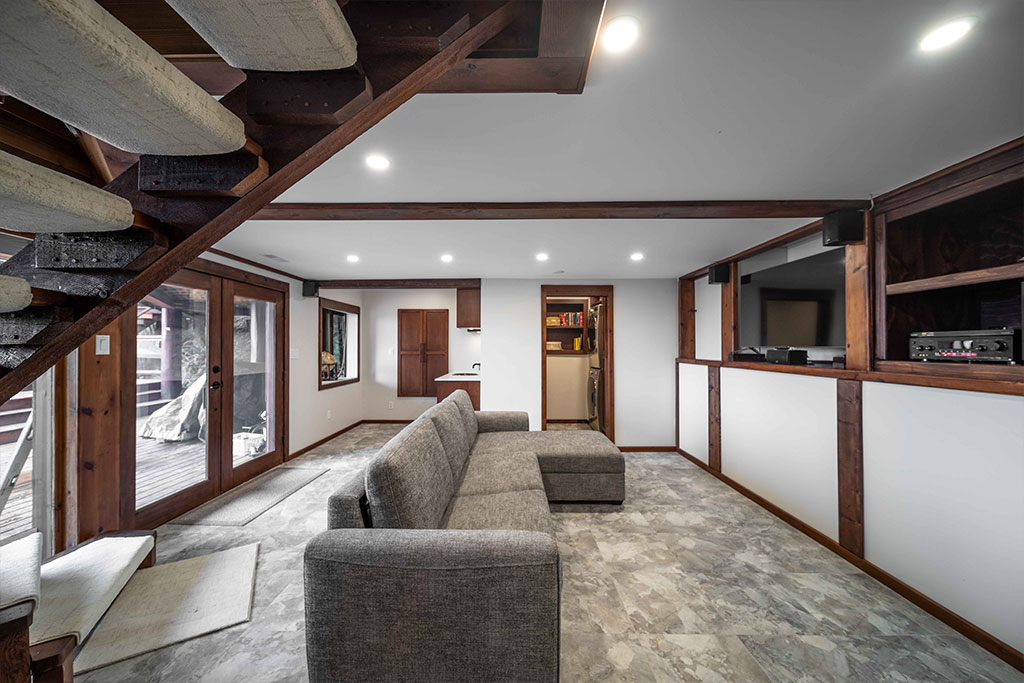Lions Bay Suite Living Room Image