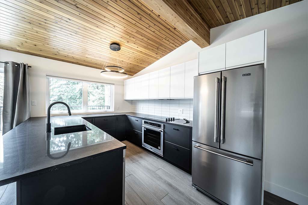 Squamish Carriage House Kitchen Image