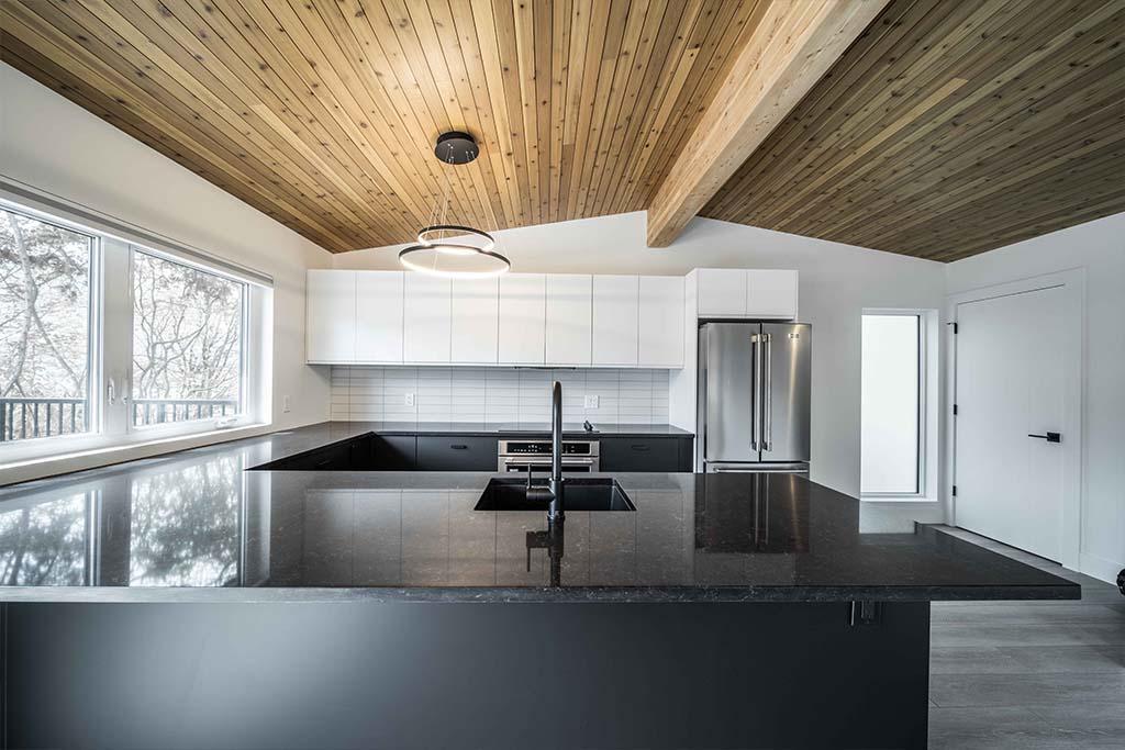 Squamish Carriage House Kitchen Hero Image
