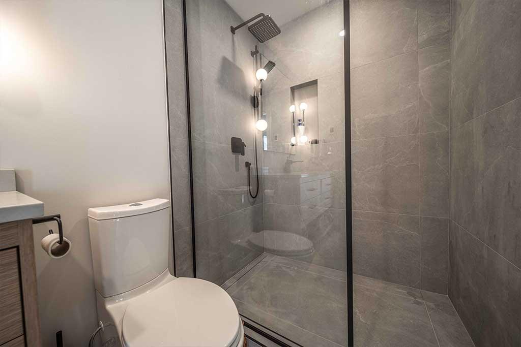Squamish House Ensuite Bathroom 2 Renovation Image